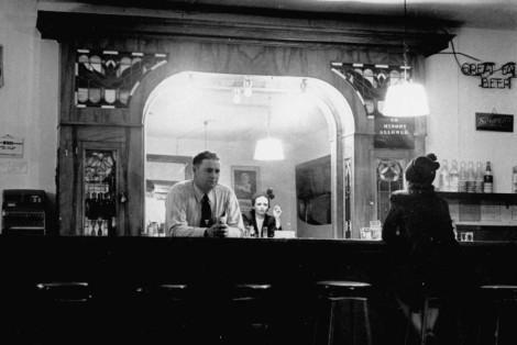 lonely-bartender1